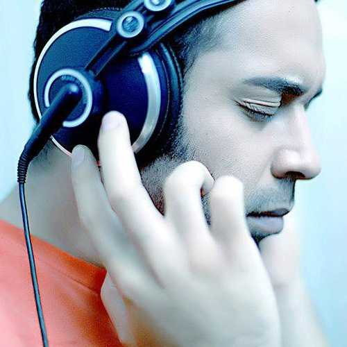 دانلود آهنگ جدید یاسر محمودی به نام عشق جادوی تو